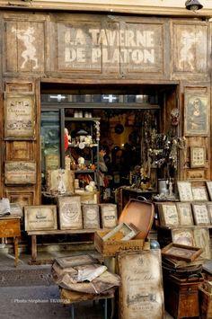 Uma livraria em Aix-en-Provence, França