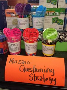 This is just an idea. You would need to look for vocabulary in Blooms or in Marzano to create question sticks, but could be a great station idea! Instructional Coaching, Instructional Strategies, Teaching Strategies, Teaching Tips, Teaching Reading, Teaching Spanish, Teacher Freebies, Teacher Resources, Marzano