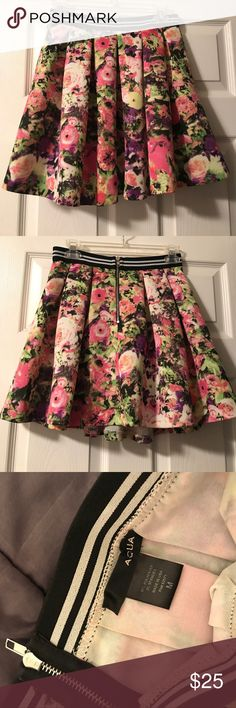 Floral skirt by Aqua Floral skater skirt by the designer Aqua. Bought from Bloomingdales. In very good condition. Aqua Skirts Circle & Skater