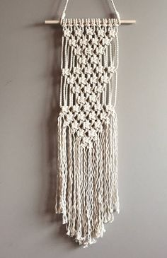 This Listing is for the Macramé Pattern to make the above Wall Hanging Triple Artemis. Have you always wanted to try Macramé or get back in the saddle? This is the perfect opportunity, a beginner project with easy to read instructions. *This also includes my Beginners Knots and