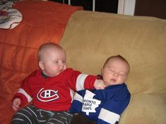 Baby Habs Fan vs Baby Leafs Fan - teaching hockey fans while they are young :)