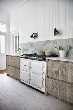 Lee Caroline - A World of Inspiration: An Edgy Home Renovation - Part One, The Kitchen Rustic Kitchen, New Kitchen, Kitchen Decor, Kitchen White, Kitchen Ideas, Kitchen Styling, Country Kitchen, Interior Desing, Interior Design Kitchen