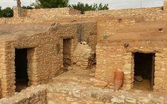 SPAIN / IBERIA / Archaeo - IBERIA. (Pre-Roman Spain) - Conjunto historico de Olerdola, (Barcelona),.asentamiento íbero desmantelado, arruinado y olvidado pero conocido por los romanos; éstos habitaron el lugar desde el siglo II a. C.