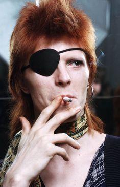 vezzipuss.tumblr.com — David Bowie, Circa 74. ⚡️⚡️