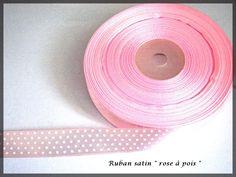 Ruban satin rose à pois blanc pastel : Rubans par lapetiteboutiquepourlescreatifs