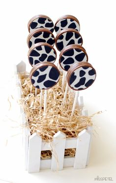 Cow cookies on a stick - Can someone translate these instructions, or just tell me what the cow pattern is? Thanks.