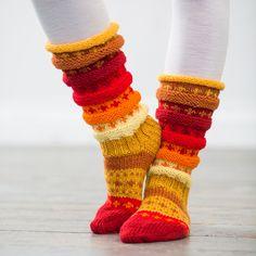 Crochet Socks, Knitting Socks, Knit Crochet, Boot Cuffs, Leg Warmers, Mittens, Knitting Patterns, Cross Stitch, Cozy