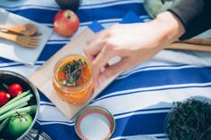 Piknik Istanbul is the first gourmet picnic basket startup in Istanbul. Gourmet Picnic baskets are prepared for picnic lovers.