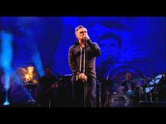 Morrissey - Everyday Is Like Sunday   (Live at Glastonbury Festival 2011)