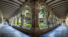 / Photo Romanesque cloister (Estella, Navarra, Spain) by Domingo Leiva Famous Landmarks, Property For Rent, Romanesque, Holiday Destinations, Travel Around, Spain, Places To Visit, Around The Worlds, Nyc
