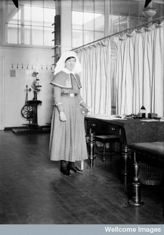 Miss Thacker, assistant massage sister, Nursing Pictures, Old Hospital, Wellcome Collection, Vintage Nurse, Collections Catalog, Oldschool, Medical Information, Midwifery, Nursing Students