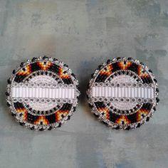 The latest! Beaded Earrings Native, Beaded Earrings Patterns, Native Beadwork, Native American Beadwork, Seed Bead Earrings, Beading Patterns, Beaded Jewelry, Beading Ideas, Seed Beads