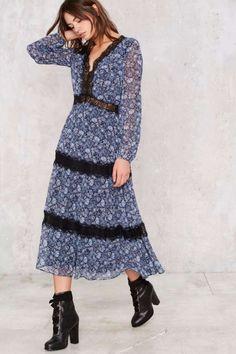 Barnett Lace Dress - Summer Romantics   Day   Midi + Maxi