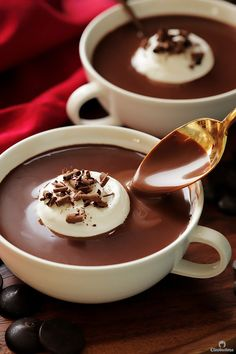 Rich Italian Hot Chocolate Cleobuttera - This Thick And Decadent Hot Chocolate Is Ultra Rich And Creamy Its Like Drinking Chocolate Soup This Right Here Is No Ordinary Hot Chocolate Its The Kind You Drink Only Twice A Year Because Just Desserts, Delicious Desserts, Dessert Recipes, Yummy Food, Drink Recipes, Yummy Drinks, Holiday Recipes, Food And Drink, Cooking Recipes