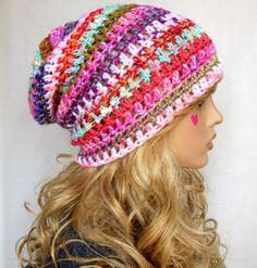 ♥ ONE OF A KIND ♥ ♥ en stock fait main au crochet, bonnet slouchy couture fabriqué à partir de mélanges éclectiques de la laine. Mes bonnets sont