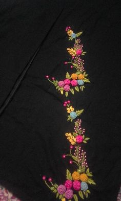 Best 12 Hand Embroidery Full Kit Modern Flower-beginner embroidery kit-embroidery hoop art-floral embroidery personalized gifts for women – SkillOfKing. Embroidery On Kurtis, Kurti Embroidery Design, Hand Embroidery Videos, Embroidery On Clothes, Hand Work Embroidery, Embroidery Flowers Pattern, Flower Embroidery Designs, Simple Embroidery, Hand Embroidery Stitches