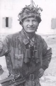 ✠ Erich Lepkowski (17 September 1919 - 31 May 1975) RK 08.08.1944 Leutnant Führer 5./Fsch.Jäg.Rgt 2