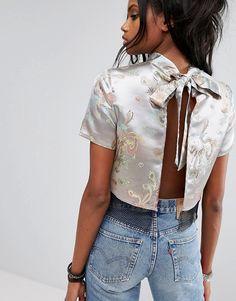 Reclaimed Vintage Inspired - Top avec lien dans le dos en brocart avec bordure en résille#promotion
