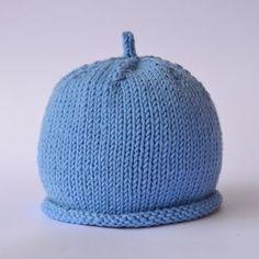 Cappellino per neonato Questo cappellino   facile e veloce a ... 1cf0b369317a