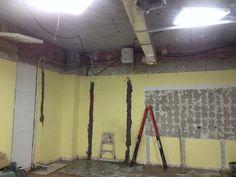 Imagen correspondiente al proceso de reforma del interior de la farmacia Renovation, Pharmacy, Towers, Interiors