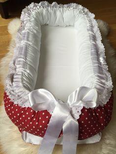 Nytt nest for salg❤️ Finn.no kode 59440672  #bamse #teddybear #baby2015 #baby #babyutstyr #sommerfugldesign #håndsydd #girl #boy #barnerom #barselsgave #hvaentrengertilnyfødd #hvaentrengernårbabyenkommer #bleiekake #gavetilnyfødd #gaveidetilnyfødd #gaveidetilbarn #gravid #babyseng #barneseng #haisportsbag #haisprinkelseng  #babynest #underlagtilbarn #samsoving #nest #disney #nårbarnetsover #nyfødd #barn #babygave #blonder #babyshower #babybesøk #babyfest #barnefest #sommerfugldesign…