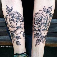 Resultado de imagem para tatuagem floral nas costas