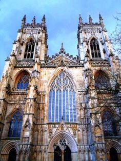 Volgens velen is de #York #Minster het hart van York. #citytrip #sights