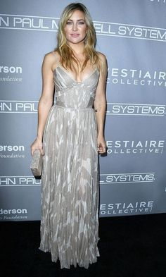 Kate Hudson stepped out in a J. Mendel gown for the Baby2Baby Gala in Culver City, California.