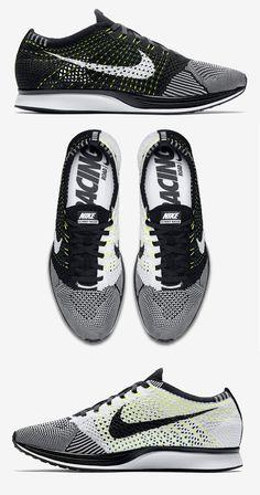 Nike Flyknit Racer: Black/White