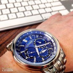 Make it to work on #time and in style with the #Citizen Calendrier. : @thedanielbeck by citizenwatchus