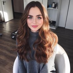 Long Wavy Ash-Brown Balayage - 20 Light Brown Hair Color Ideas for Your New Look - The Trending Hairstyle Brown Blonde Hair, Light Brown Hair, Brunette Hair, Wavy Hair, Dyed Hair, Warm Brown Hair, Ombre Highlights, Brown Hair Colors, Hair Day