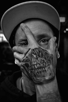 Check out Friendly skull tattoo or other skull hand tattoo designs that will blow your mind, tattoo ideas that will be your next inspiration. Skull Hand Tattoo, Skull Tattoos, Tatoos, Male Hand Tattoos, Mens Tattoos, Skeleton Tattoos, 3d Tattoos, Weird Tattoos, Tattoos For Guys