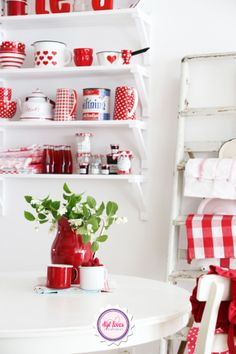 Kitchen, red, white, Ib Laursen, Syl loves, gingham, vintage, enamel
