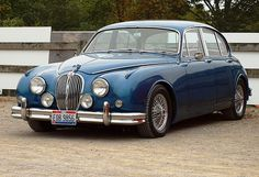 1960 Jaguar 3.8ltr 'S' 4 Door Saloon. This was a New model released in 1959 in England, Ron Hodgson racing driver and  motor dealer in Strathfield, NSW arranged to imported the first of this model into Australia through the then Jaguar dealer, Brisan indu