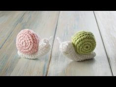 (crochet) How To - Crochet a Baby Turtle - Yarn Scrap Friday - YouTube