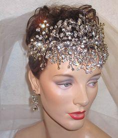 Vid de novia  banda nupcial frente  casco de cristal de