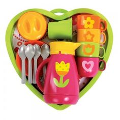 Heart Coffee Service  This stylish set is ideal for having friends, family, dolls and teddies over for coffee and cake! Containing colourful coffee cups, a sugar bowl, a milk jug and a pretty coffee pot, all on a matching heart shaped tray, it makes a lovely gift for any young entertainer and is perfect for enhancing imaginative roleplay. Coffee Heart, Coffee Service, Bath Toys, Milk Jug, Paris, Bold Colors, Gifts For Kids, Heart Shapes, Tea Party