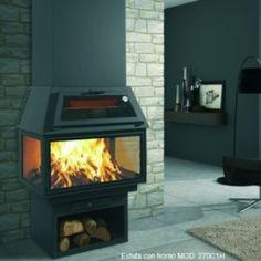 Chimenea con horno, diseño util.
