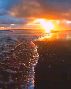 Beautiful Photos Of Nature, Beautiful Nature Wallpaper, Amazing Nature, Beautiful Landscapes, Beautiful Beach Pictures, Cool Pictures Of Nature, Types Of Photography, Sunset Photography, Green Background Video