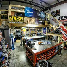 Efficient garage
