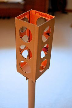How to make a traffic light out of cardboard boxes...love this. Also how to make cardboard car, gas tank, etc. Fun site.