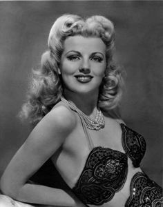 Dolores Moran Hollywood Stars, Old Hollywood, Viejo Hollywood, Hollywood Actresses, Classic Hollywood, Hollywood Icons, Hollywood Glamour, Pin Up, Divas