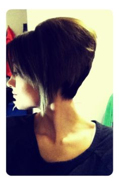 radman77:  sara4bes:  New hair!  sexy hair! looks great!