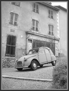 Citroën 2CV Type AZ/série AM Blue Monte-Carlo 1964 French Classic, Classic Cars, Automobile, 2cv6, Citroen Car, France, Car Humor, Amazing Cars, Renault 4