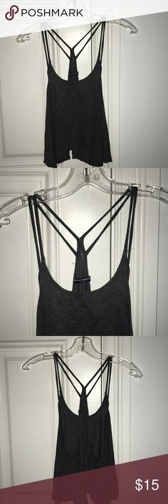 Brandy Melville crop top Gray brandy Melville crop top. One size. WILLING TO NEGOTIATE Brandy Melville Tops Crop Tops