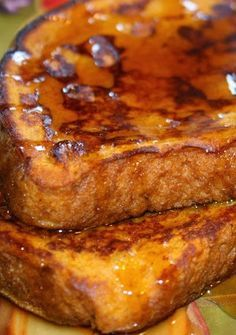 Pumpkin Pie French Toast - bread dipped in a pumpkin, cinnamon, egg mixture and toasted as usual. The best french toast ever!