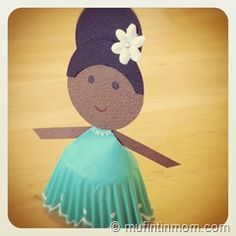 cupcake liner paper dolls. Baby shower, birthday party idea? Girl Scout activity, girls night in project?