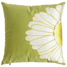 Offset Daisy Pillow peir one Decorative Throws, Decorative Items, Pillow Fight, Pillow Talk, Church Fundraisers, Daisy, Cute Bedding, Diy Cushion, Printed Cushions