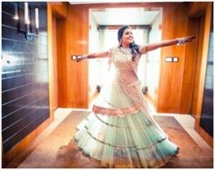 Pastel green lehenga has taken the bride's look to a whole new level | wedfine.com | wedding venues | wedding inspirations | wedding blogs |