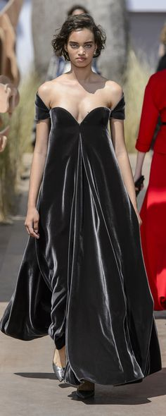 Christian Dior Fall-winter 2017-2018 - Couture - http://www.orientpalms.com/Christian-Dior-6806 - ©ImaxTree